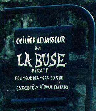la tombe de La Buse, à St Paul