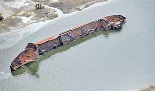 Un cargo coulé et pillé par les pirates du Nigeria